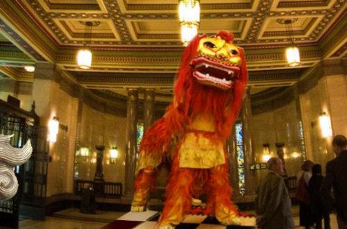 О чем танцует Северный Лев в масонском храме?